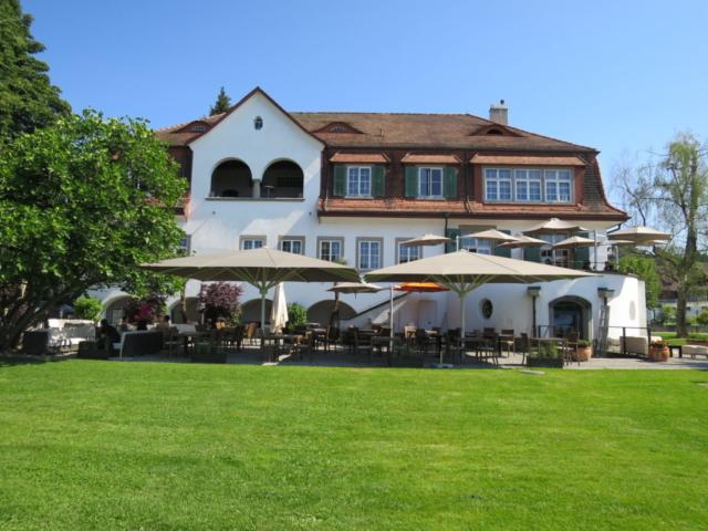 140m2 Geschattung Villa Sunneschy Stäfa
