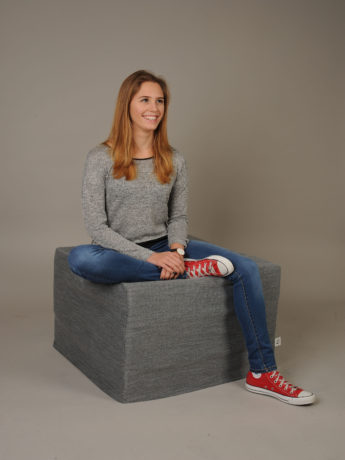 Taschenfederkern-Faltmatratze als Sofa-Hocker